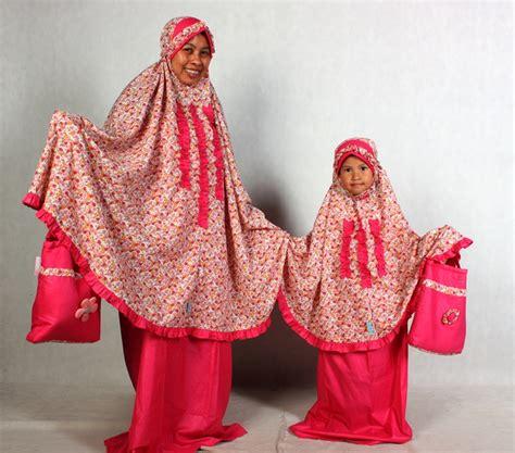 Mukena Pasangan Ibu Dan Anak Katun Flower Muda Anak Size L mukena seragam ibu dan anak