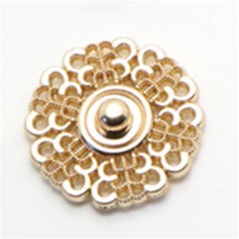 לחצנים 10pcs metal snap button 18mm clasp buttons hollow flower invisible coat buttons fashion
