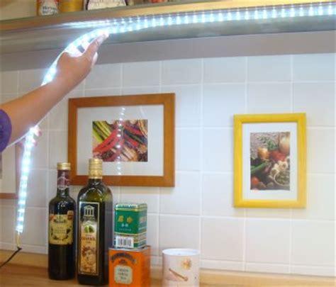 Led Lichtleiste Deckenbeleuchtung by Treppenprofile Treppenlicht Rainlight Tubelights