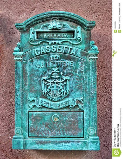 cassette delle lettere cassetta delle lettere antica metallo immagine stock