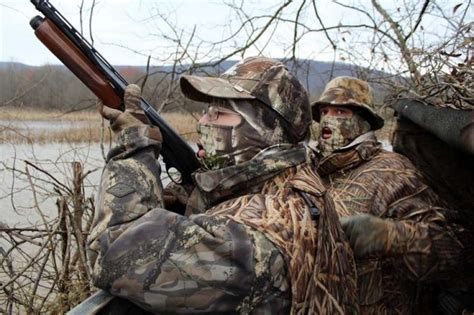 duck hunting boat essentials duck hunting gear 7 duck hunting gear you should always have
