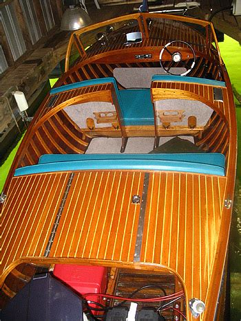 boat auction lake lanier 1957 penn yan runabout 16 classic used excellent