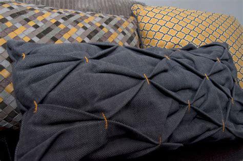 cucire cuscino come cucire cuscino effetto nido d ape tutorial