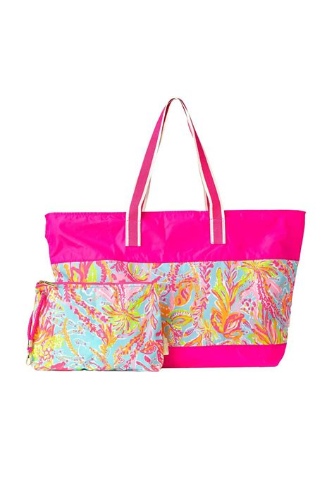 lilly pulitzer l shade lilly pulitzer sail away tote from sandestin golf