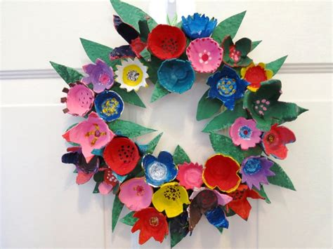 craft projects with egg cartons my egg flower wreath flower