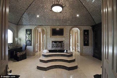 Most Expensive Bathroom Inside Atlanta S Most Expensive Home With 11 Bathrooms Nine Bedrooms A Theater And