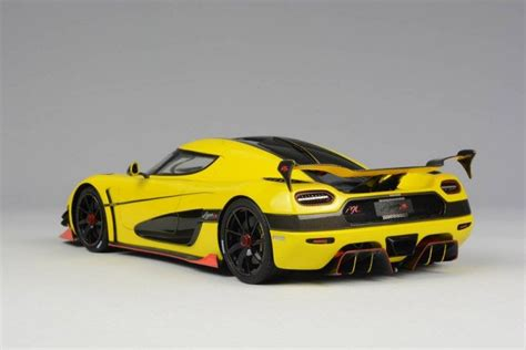 koenigsegg yellow fronti koenisegg agera ml yellow