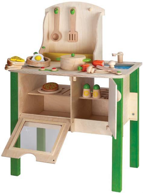 jouets cuisine en bois jouet en bois id 233 es de cadeau pour un enfant plus heureux
