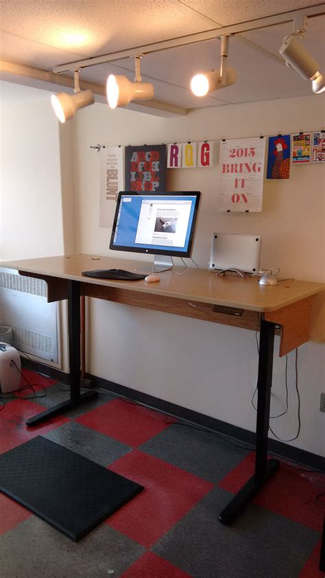jarvis standing desk review my new jarvis sit stand desk