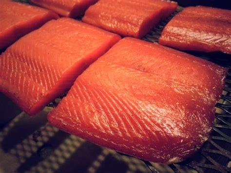 alimentazione in allattamento e coliche salmone affumicato si pu 242 mangiare durante l allattamento