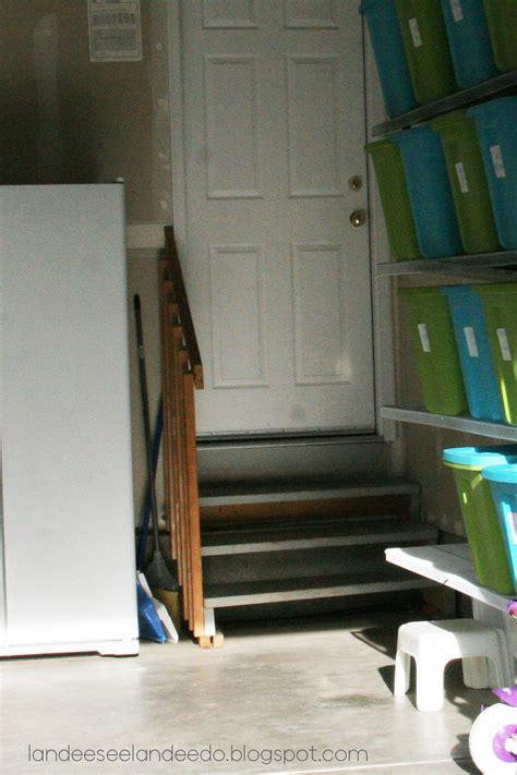 Garage Steps Can Be Pretty Too   landeelu.com