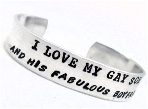 his fabulous girlfriend a bracelet which was also super cute yay handsted bracelet i love my gay son and his