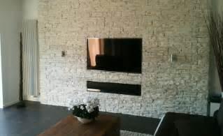 kamin zum aufhängen wohnzimmer und kamin gro 223 e wohnzimmer wandgestaltung