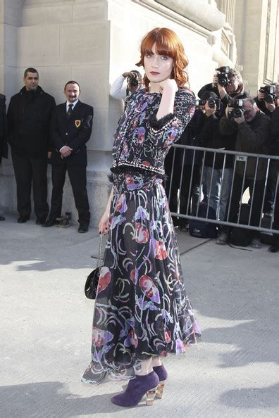 Arrival Fashion Florence Leather florence and the machine photos photos arrivals for the chanel fashion show zimbio