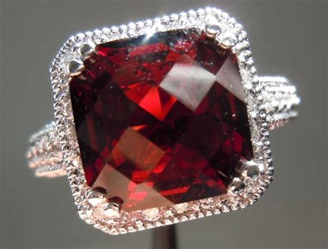Emerald Color Tanga Garnet And Diamond Ring Center Stone Weight 5 55ct