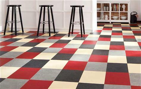 linoleum küchenboden sch 246 n k 252 chenboden fliesen aus linoleum mit mehrfarben muster