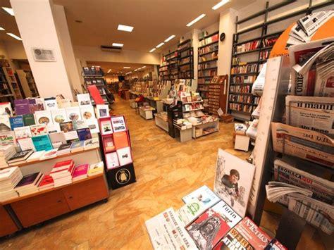 librerie moncalieri comunardi a torino libreria itinerari turismo arte it