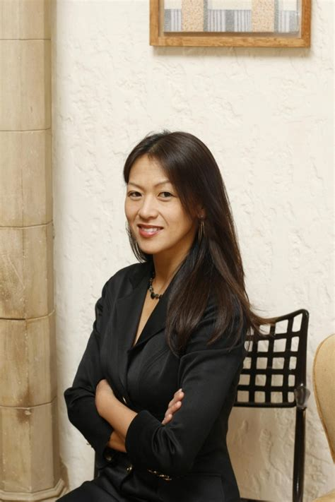 1408881578 political tribes group instinct and amy chua s political tribes tells of democracy s descent