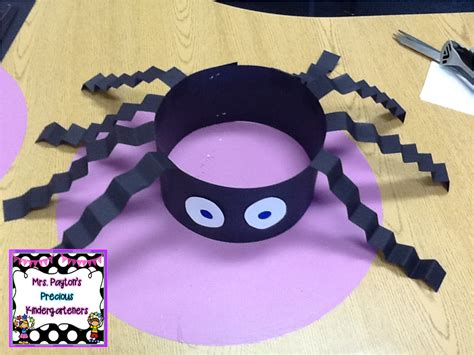 silly spider hats craft check   easy craft project