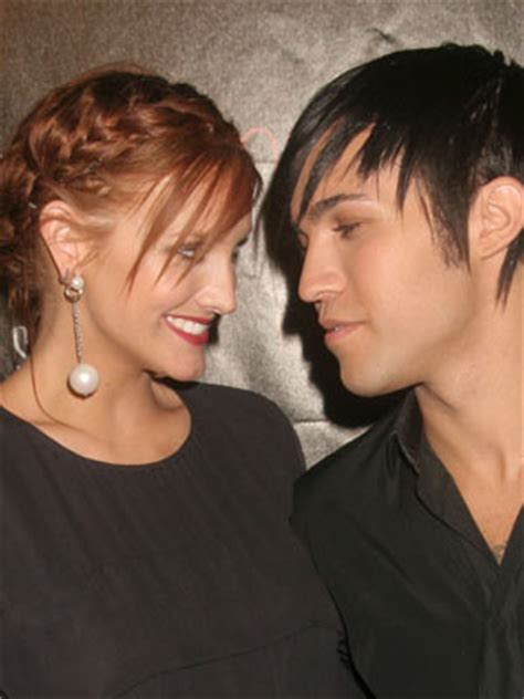 Ashlee Pete Wentz Cozy Up by Pete Wentz And Ashlee Expecting A Celebsnow
