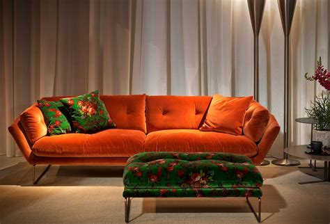 saba al salone mobile with divani arabi