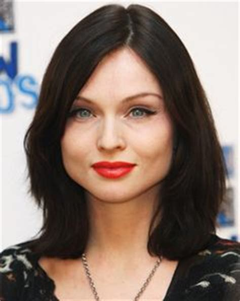 celebrities with pear shaped faces face shapes on pinterest inverted triangle face shapes