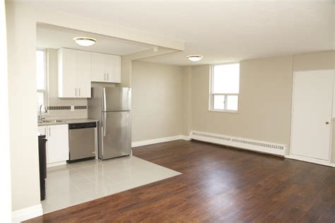toronto two bedroom apartments for rent 4866 bathurst street bathurst finch toronto rental