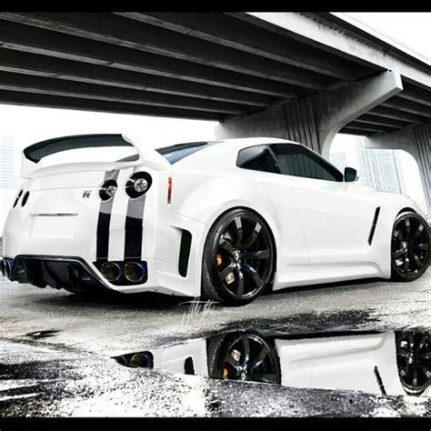 nissan gtr stats phenomenal nissan gt r u s drivers are overpaying for