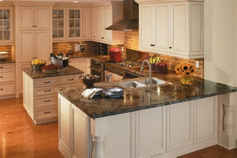 Low Cost Countertops by 10 Tips For A Low Cost Kitchen Facelift Kitchen Design