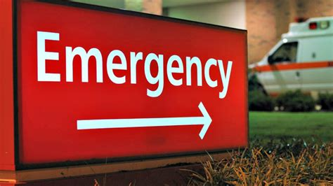 emergency room drives himself to hospital after being in thigh
