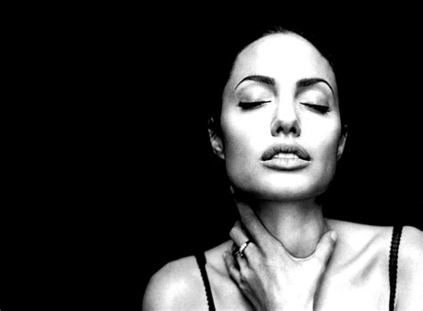 angelina jolie wallpaper black and white angelina jolie black and white portrait wallpapers