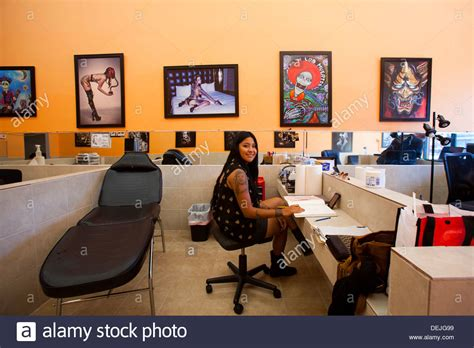 tattoo parlour los angeles lucky 7 tattoo shop hollywood blvd hollywood los
