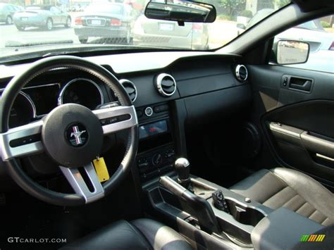 2006 Ford Mustang Gt Interior by Charcoal Interior 2006 Ford Mustang Gt Premium Coupe