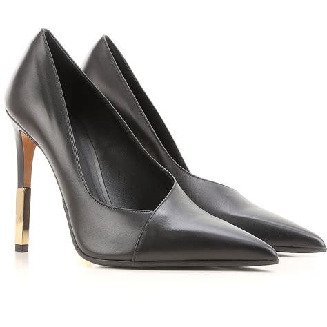 chaussures femme balenciaga code produit