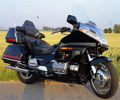 honda gl 1990 honda gl 1500 se gold wing pics specs and