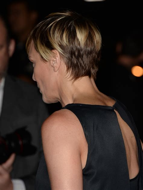 More Pics of Robin Wright Short Cut With Bangs (2 of 27