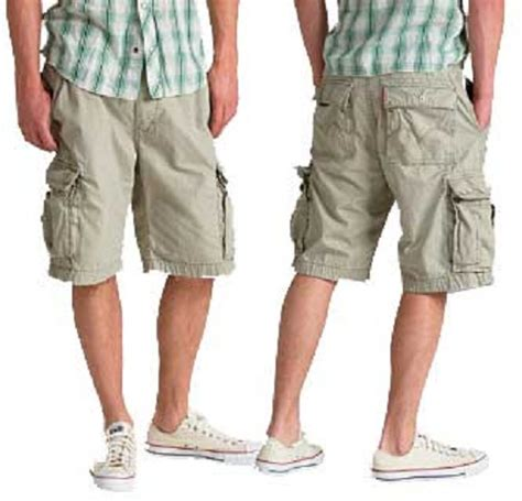are cargo capris still in style what s wrong with cargo pants askmen