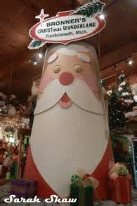 christmas wonderland  frankenmuth michigan wander shopper