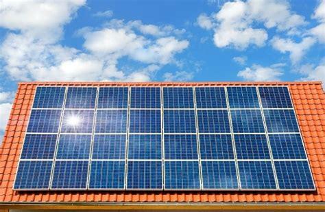riscaldare casa riscaldare casa con i pannelli solari termici la normativa