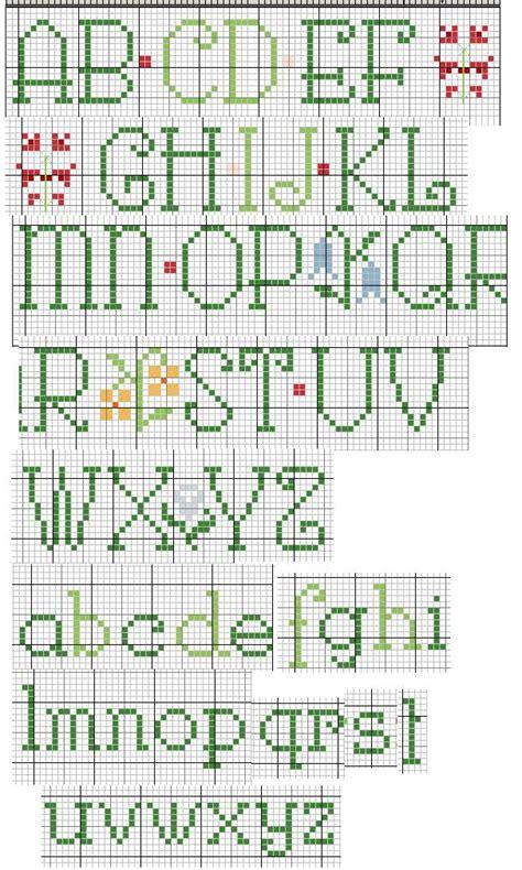 punto a croce lettere alfabeto punto croce lettere verdi molto carino