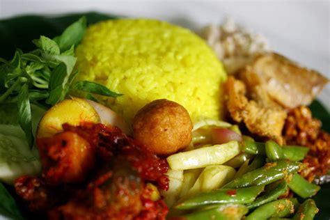 makanan tradisional  jakarta buat merayakan hari