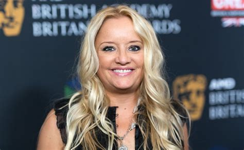 lucy davis youtube lucy davis is joining the sabrina the teenage witch series