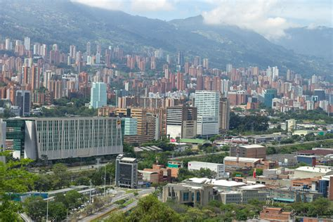 de medellin popular neighborhoods for expats living in medell 237 n
