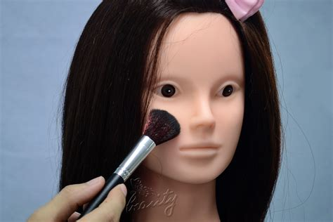 hair and makeup northton how to cut hair hairdressing training cosmetology makeup