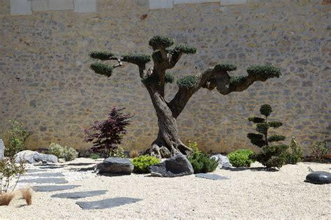 decoration jardin montpellier deco jardin nimes bordure jardin