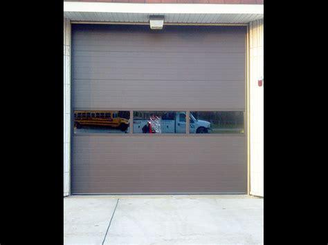Overhead Doors Chicago Commercial Garage Doors In Chicago Illinois Installation Repair Maintenance 60608 60618
