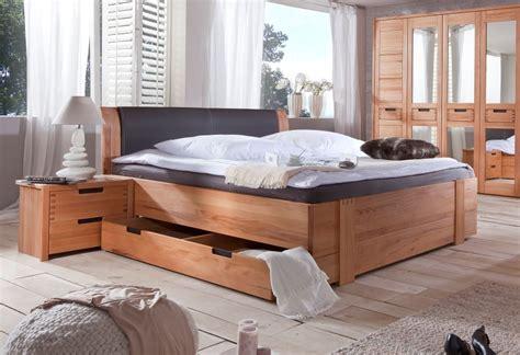 Bett Massivholz 180x200 Mit Bettkasten by Stanford Doppelbett Teilmassives Bett Inkl Kopfpolster
