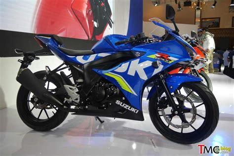Stiker Suzuki Gsx 150 suzuki gsx r150 and gsx s150 gixxer facelift unveiled