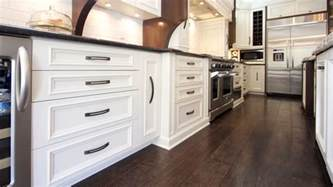 Kitchen Floor Ideas Pinterest by Contemporary Kitchen Selecting Kitchen Flooring With
