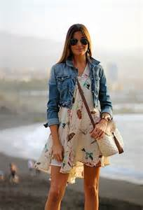 style watch how fashion bloggers wear the denim jacket